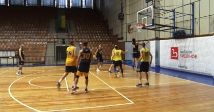 Баскетболистите  губят контрола в Пловдив.Привлечен е нов американски гард,чака се и център